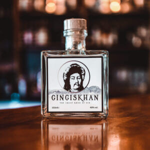 Gingiskhan Gin Flasche
